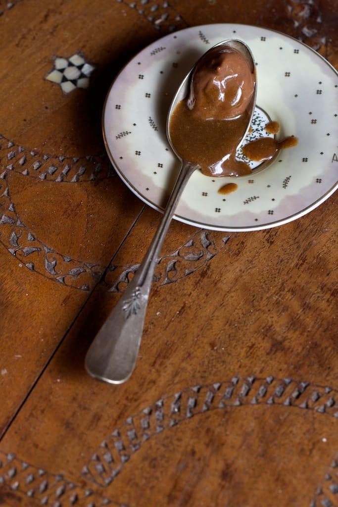 sauce-caramel-cuillere