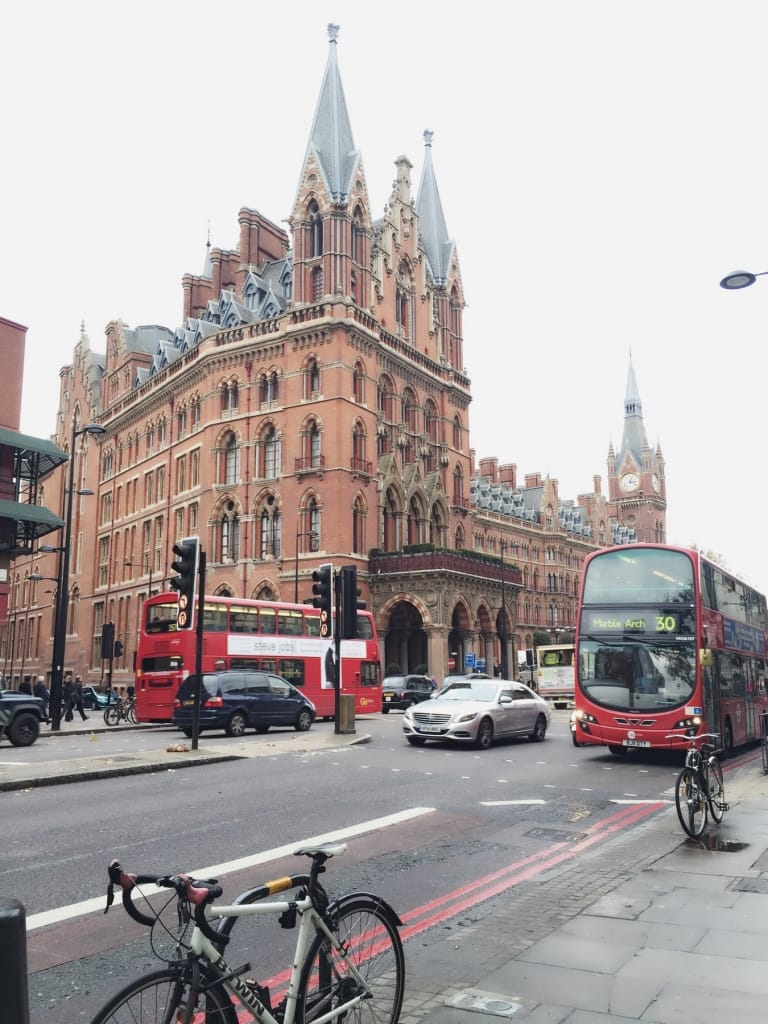 Kings cross bus rouges